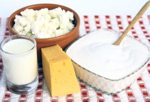Сливки, ряженка, сметана, жирный сыр, молоко 6% жирности